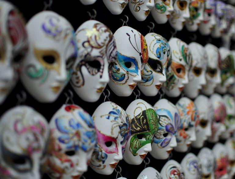 1280px-Venice_Masks