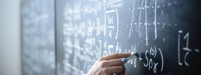 MathsBlackboard1600x600